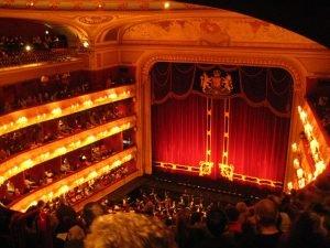 Arquitetura de Teatros Detalhes da parte interna do Royal Opera House